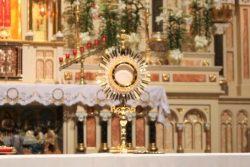 Adoracja w Uroczystość Zesłania Ducha Świętego