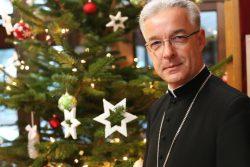 Bp Lechowicz: życzenia skierowane do Polonii