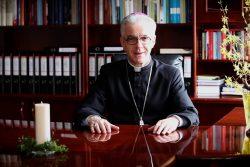 Życzenia wielkanocne biskupa Wiesława Lechowicza dla Polonii